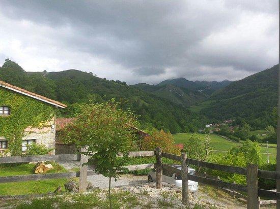 La Casona de Con: Preciosas vistas a los picos de Europa