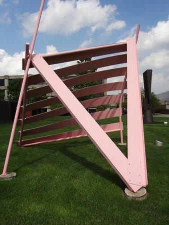 College for Creative Studies : Josephine Ford Sculpture Garden