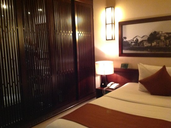 Palm Garden Beach Resort & Spa: Bedroom