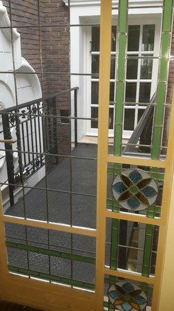 Stelares Hotel Boutique: Vista balcón interno que conecta a la casona