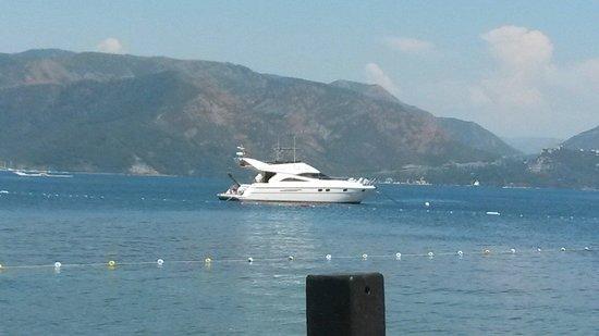 Hotel Cettia Beach Resort: Many views from jetty . ,