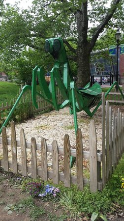 Staten Island Children's Museum: The grounds