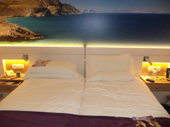 Globales Santa Lucia Hotel: Superior room