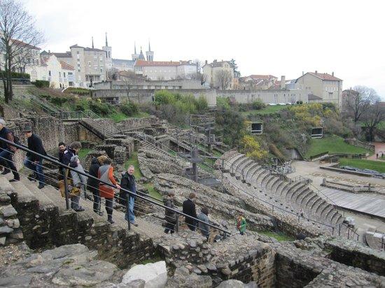 Théâtres romains de Fourvière : Recinto