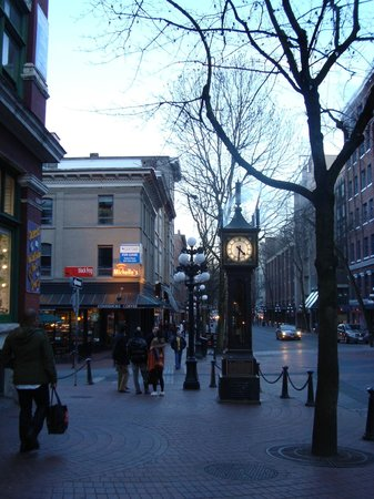 Gastown: O relógio e as ruas