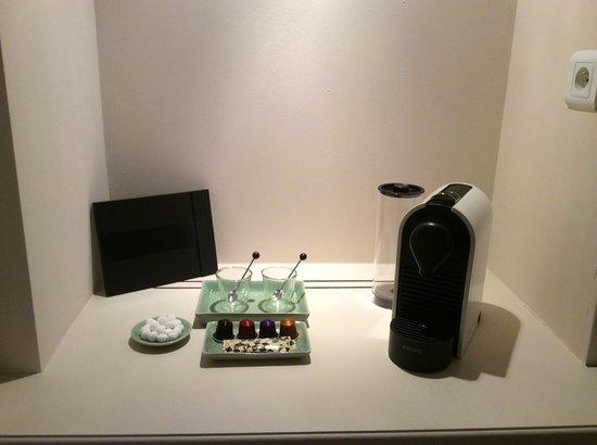 Chateau de Roussac : Nespresso machines in all suites