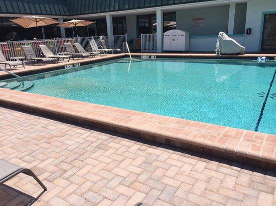Ramada Sarasota: Pool