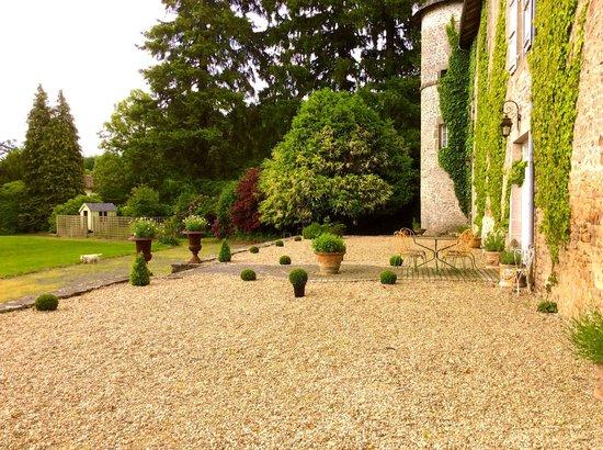 Chateau de Roussac : The parkland terrace