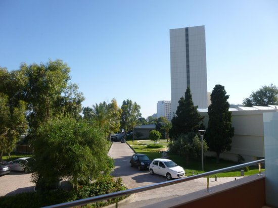 Rodos Palace: HIGH-RISE MAIN BUILDING FROM GARDEN ROOMS