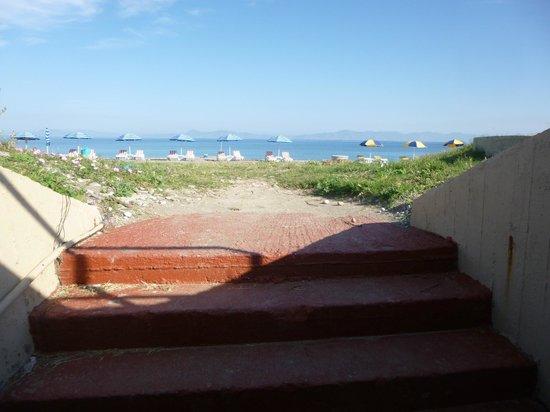 Rodos Palace: IXIA GRAVEL BEACH