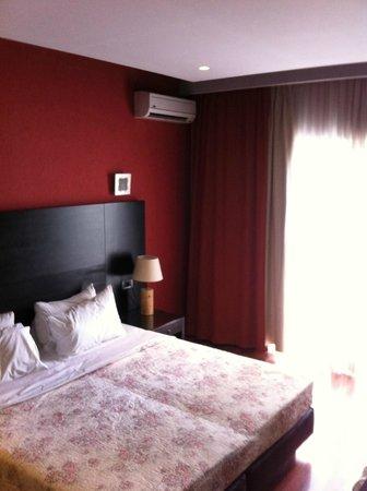 Areos Hotel : Quarto