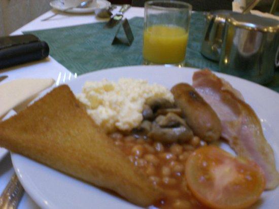 Sandringham Hotel: Full English Breakfast included