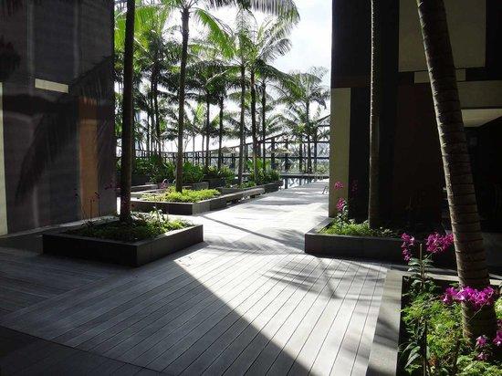 Crowne Plaza Changi Airport: プールがある3階の部屋