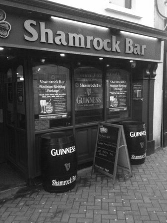 Athlone, Irlanda: shamrock bar