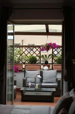 Althea Inn Roof Terrace: Our private balcony