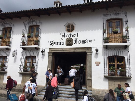 Santo Tomas Hotel: Street view