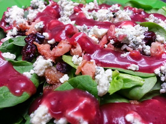 Acropolis Pizza : Spinach Salad with Cranberry Champagne Vinaigrette!