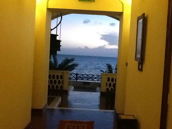 Zanzibar Serena Hotel: Come and admire the sunset
