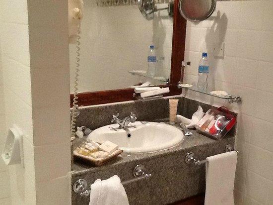 Zanzibar Serena Hotel : Nice toiletries