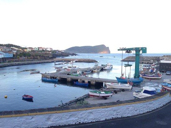 Beira Mar São Mateus: Vista do pátio exterior