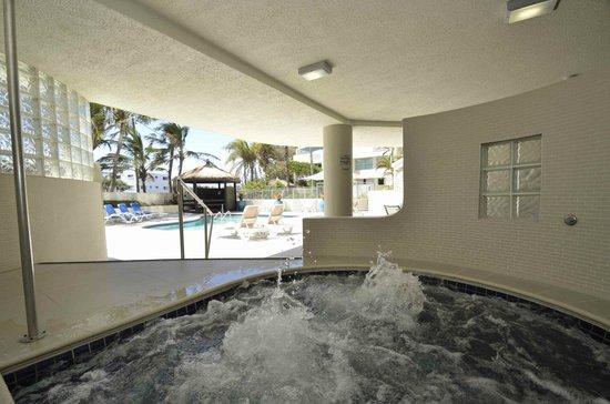 Chateau Royale Beach Resort: Spa