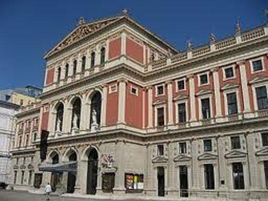 The Vienna Philharmonic : 外観