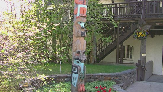 Lake McDonald Lodge: Entrance