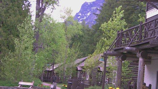 Lake McDonald Lodge : Park view