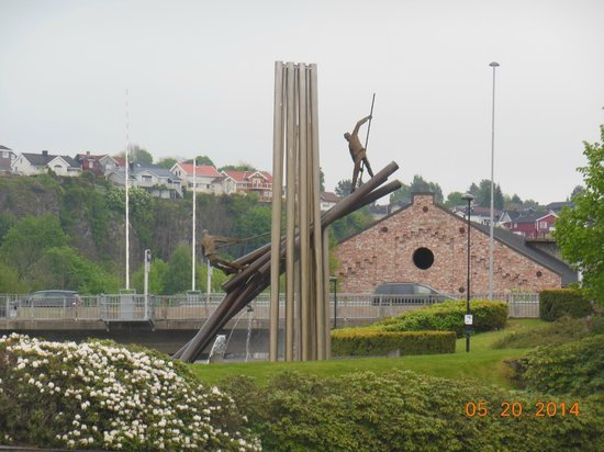 The Telemark Canal: Sculpture Leaving Skien of Loggers
