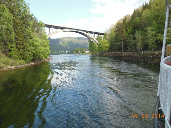 The Telemark Canal: Bridge of Wood