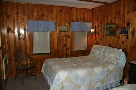 Open Hearth Inn: 2 double beds