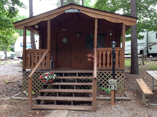 Pine Ridge Campground: Home away from home!!