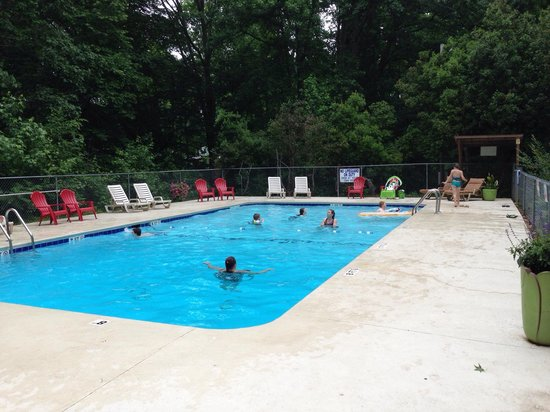 Pine Ridge Campground: Has great cement swimming pond!!!!