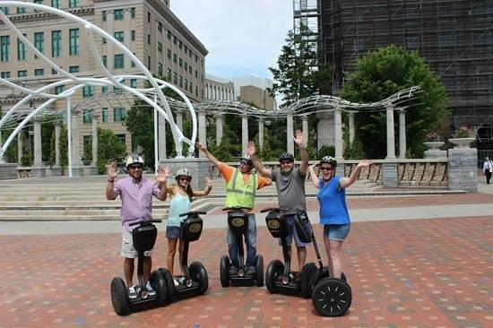 Moving Sidewalk Tours: no hands!!