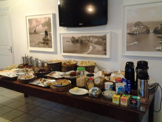 EcoCharme Pousada do Marcilio: café da manhã excelente