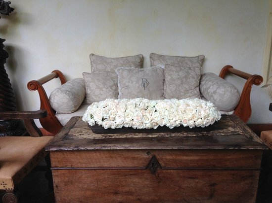 Palacio de Dona Leonor: Beautiful Setting