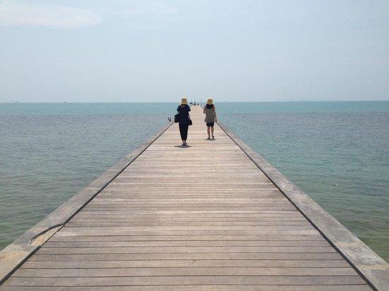 InterContinental Samui Baan Taling Ngam Resort : Hotel Pier