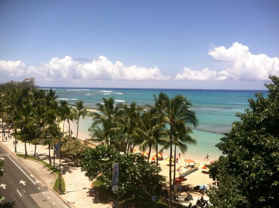 Aston Waikiki Beachside Hotel : 7th Floor Ocean View