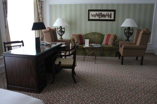 Powerscourt Hotel, Autograph Collection: Suite