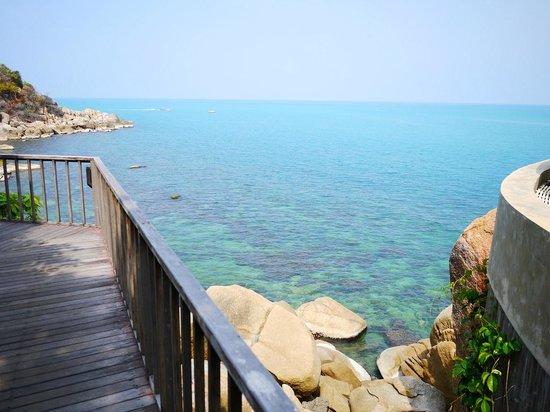 Silavadee Pool Spa Resort: ビーチに向かってます!