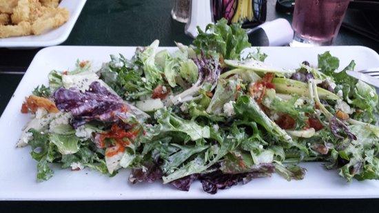Havana Restaurant & Bar: Apple, Blue Cheese & Pecan salad