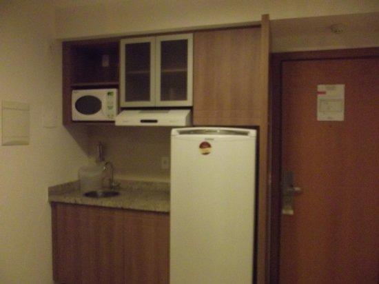 Saint Moritz Hplus Express: Mini cozinha
