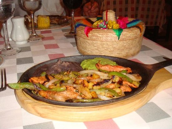 Occidental Cozumel: fijiats from mexican rest...so good
