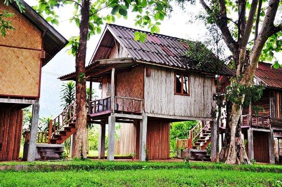 Vieng Tara Villa: Bungalow River Front