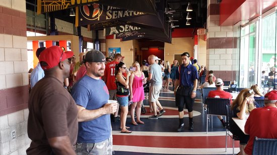 Nationals Park: Inside the restaurant