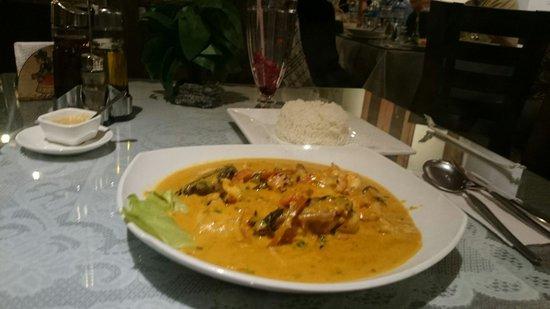 Mamashana Café Restaurante: Corvina a lo macho