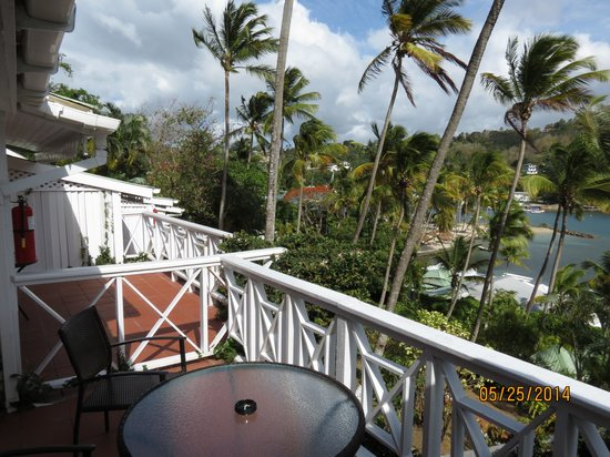 Marigot Beach Club and Dive Resort : From the patio