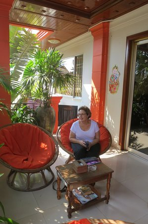 Golden Temple Villa: relaxing on the balcony.
