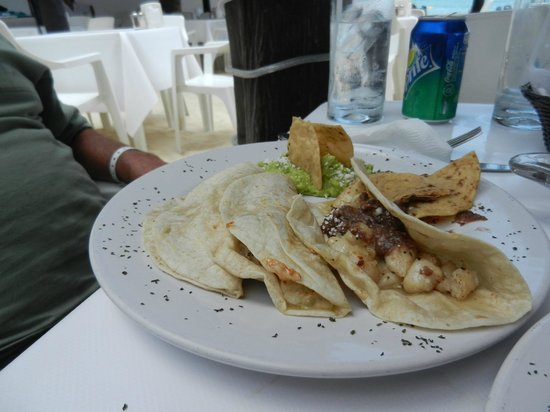 Fish tacos picture of playa maya restaurant playa del for Fish taco restaurant