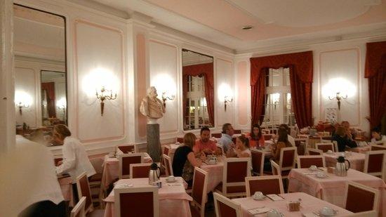 Bettoja Massimo D'Azeglio Hotel : 酒店餐廳,同樣典雅